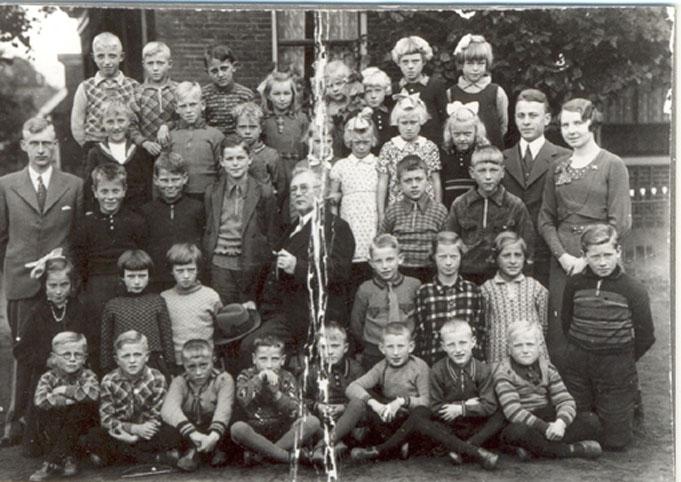 Herv school foto met broeders Elderman